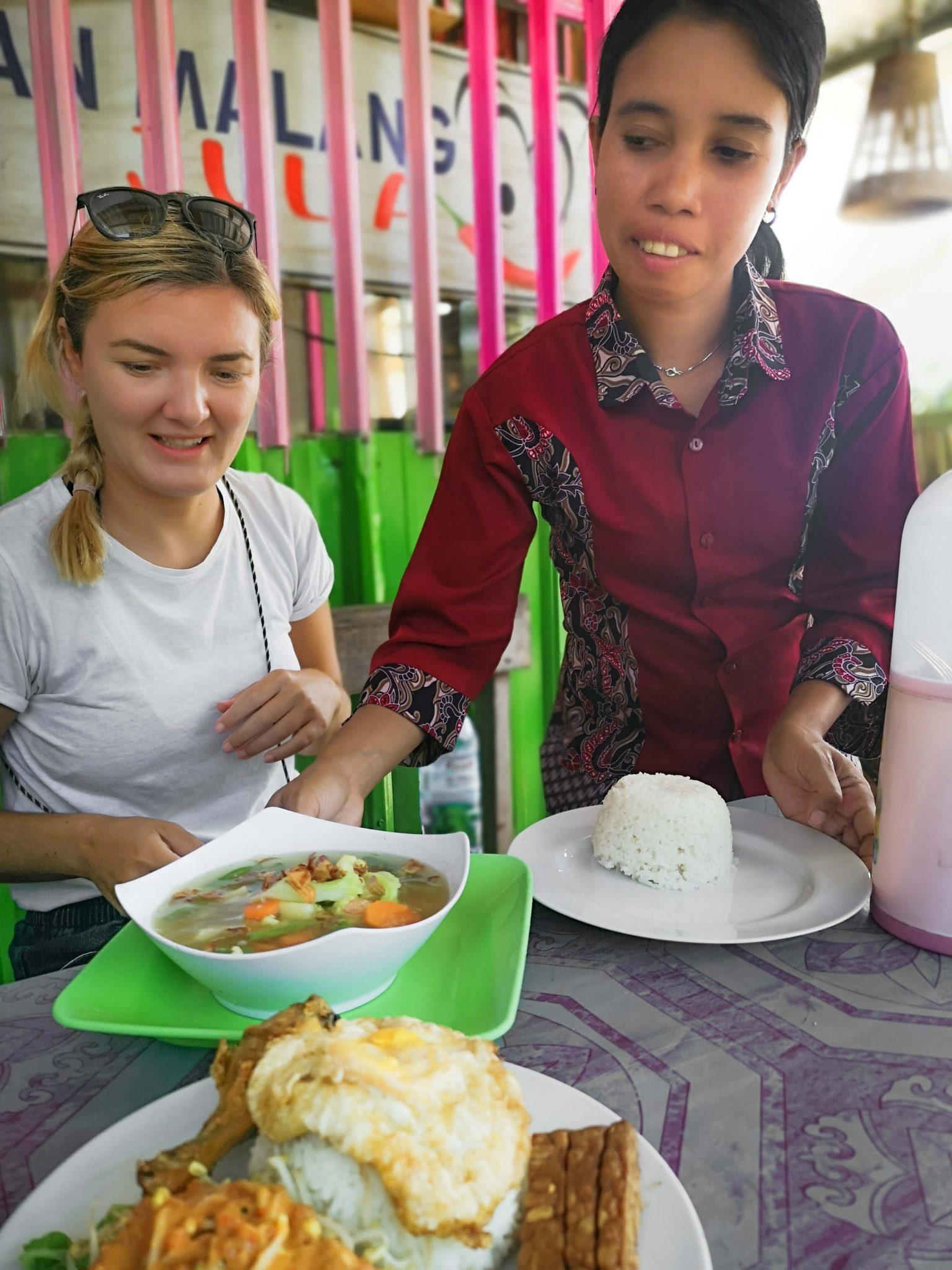 Essen in Kuta in Warung Julia