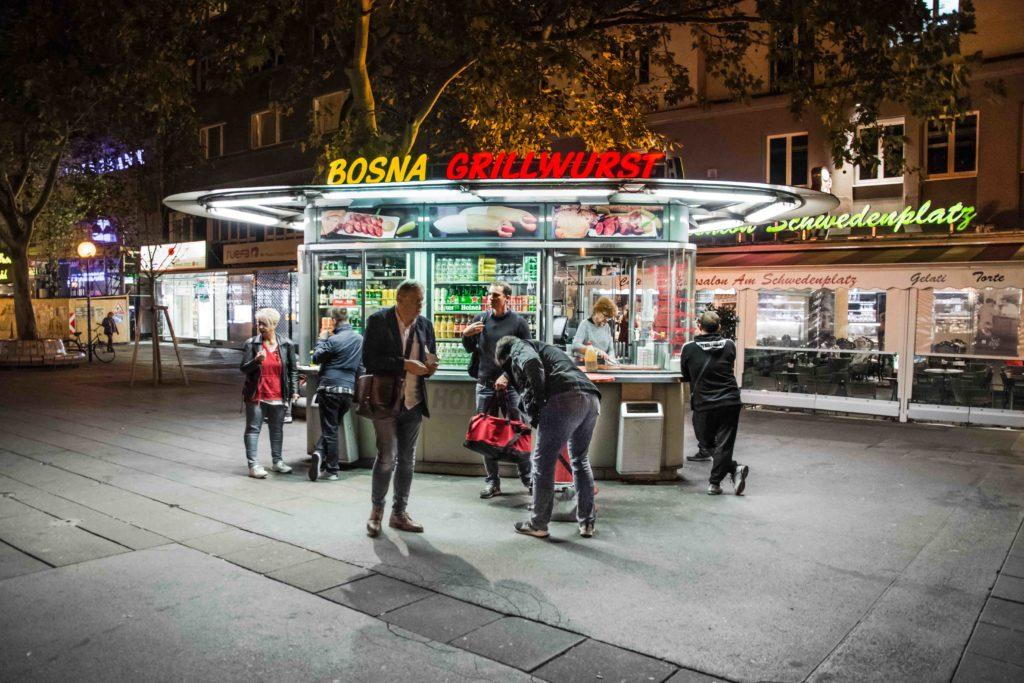 Würstelstand Wien Schwedenplatz