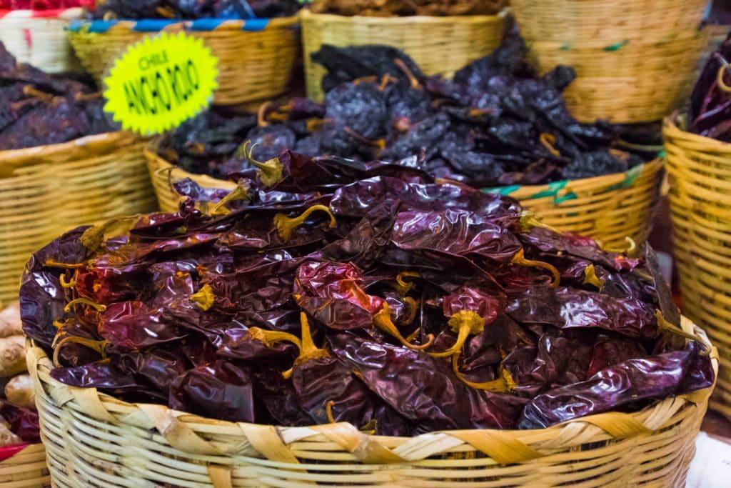 Chilis auf den Märkten von Oaxaca