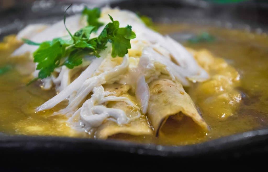 Essen in Oaxaca bedeutet auch Echiladas zu probieren