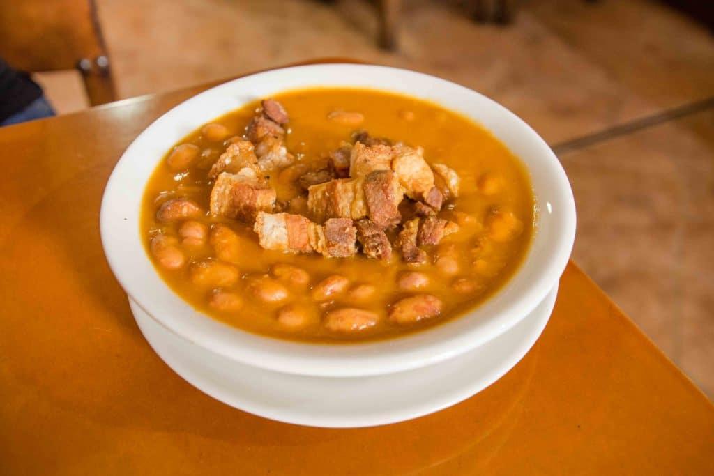 Bohnensuppe auf kolumbianisch