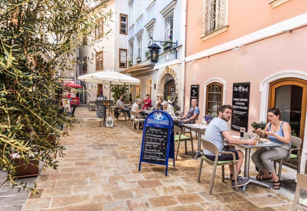 Gastgarten Herzl Weinstube