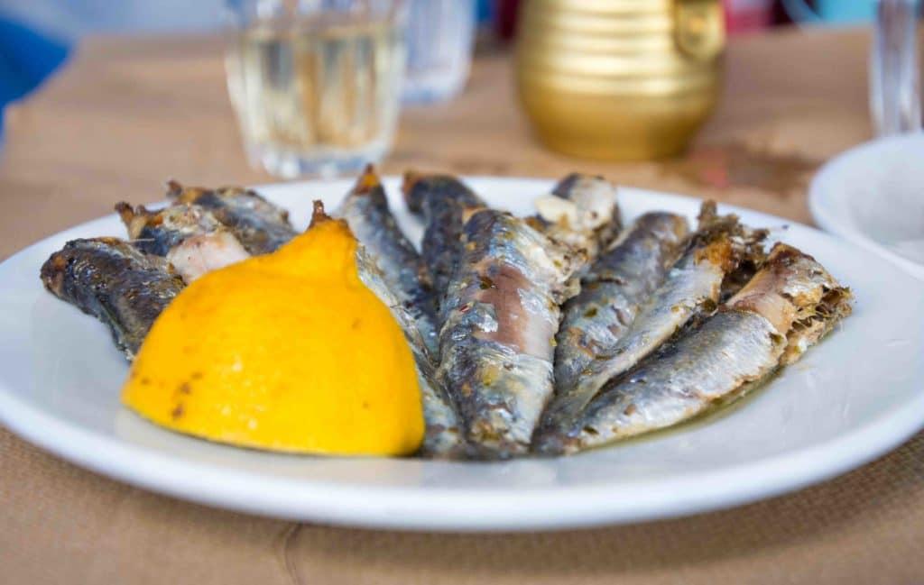 Leckere Sardinen griechischer Art